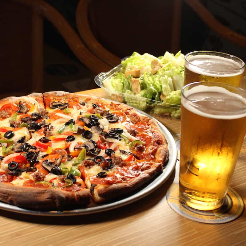 The pizza is handmade by the owners! The King's Combo is a must try!