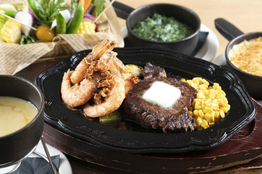 Experience a new laid-back Steakhouse opening in the Heart of Waikiki