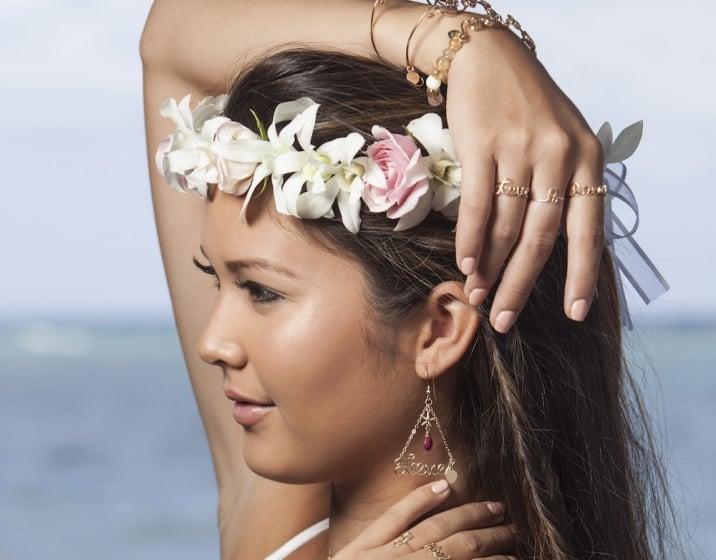 Popular Hawaii based model Ashlee is a fan of Manoa Love Design!
