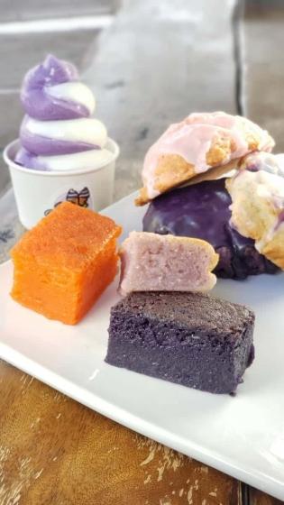 Chocolate + Vanilla Bakery