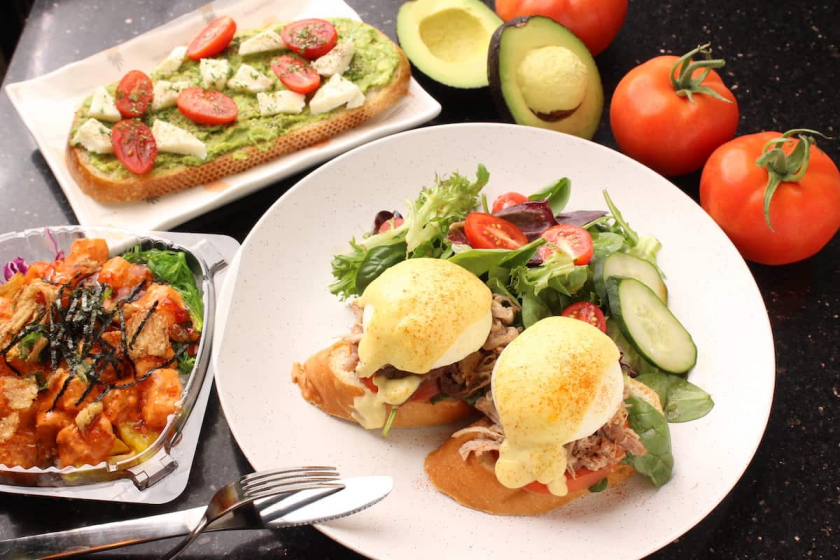 Try the signature Egg Benedict and Fresh Ahi Poke bowl!!