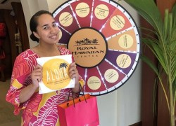 Golden Week Gift With Purchase @ Royal Hawaiian Center